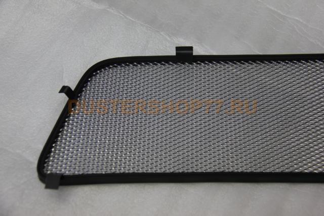 Сетка на радиатор дастера